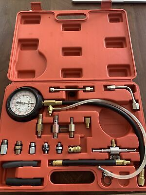 Universal Fuel Injection Gauge Pressure Tester Test Kit Car System Pump Tool