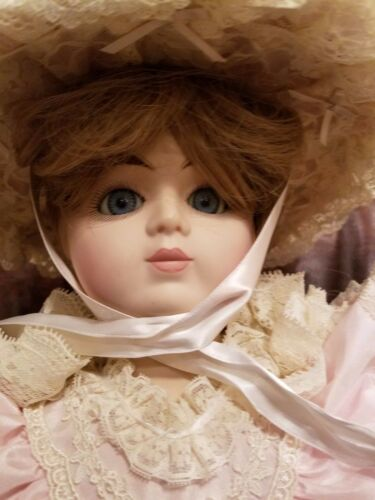 """Beautiful Gorham 1988 20"""" Musical Doll with Gorgeous Victorian Dress"""