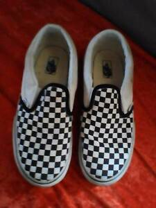 Boys 'Vans' shoes size 4 South Windsor Hawkesbury Area Preview