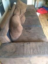 FREE  USE  3+2 setters  lounge chairs Mawson Lakes Salisbury Area Preview