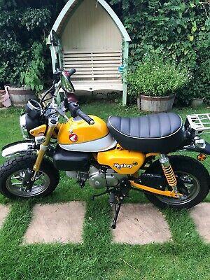 Honda z125 monkey bike