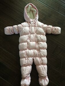 Snowsuit 12 months - never used.