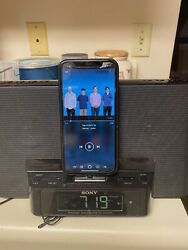 Sony Iphone/IPad Clock Dock ICF-CS15iPN W/ Radio