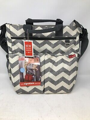 Skip Hop Chevron Duo Signature Messenger Diaper Bag