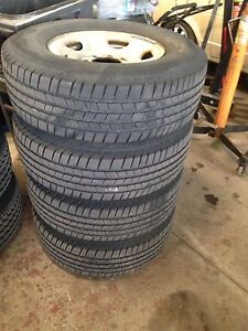 Used 4xLT245/75R/16 GMC SAVANA(Express)TIRES WITH RIMS