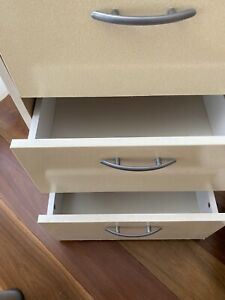 Drawers in Good Condition.