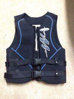 PFD Type 3 / PFD50S water Ski Jacket Men's Large Swanbourne Nedlands Area Preview