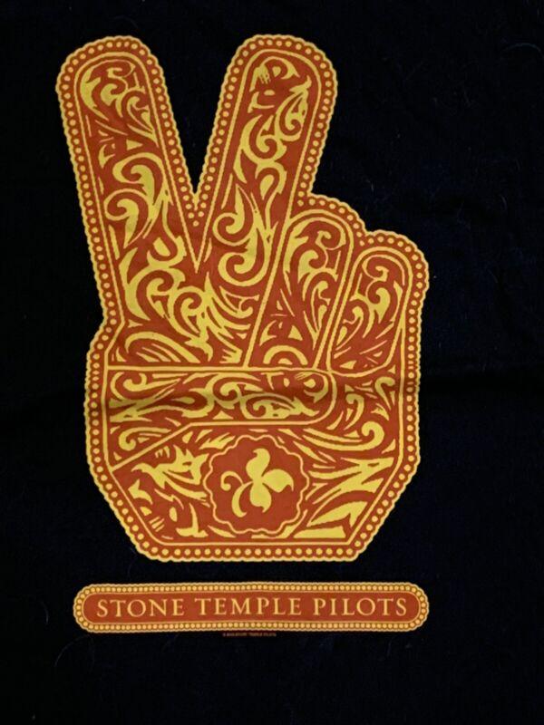 Vintage 2010 Stone Temple Pilots Concert Tour Shirt Scott Weiland