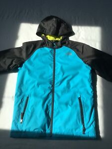 Like new boy's North Face fall/winter jacket, size L (14/16)