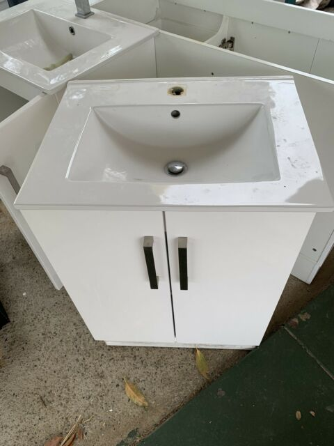 Bathroom cabinet and sink | Cabinets | Gumtree Australia ...