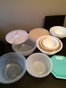 Tupperware & Rubbermaid Bowls & Party Trays $5 each or $20 all
