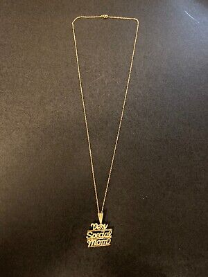 14k Yellow Gold Very Special Mom Pendant -