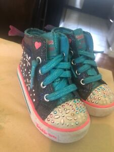 Sketchers twinkle toes girl size 8