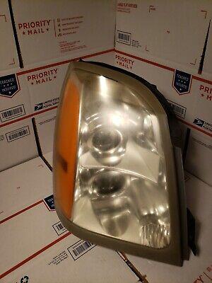 2004-2009 Cadillac SRX Halogen Passenger Right Hand Side Headlight RH USED