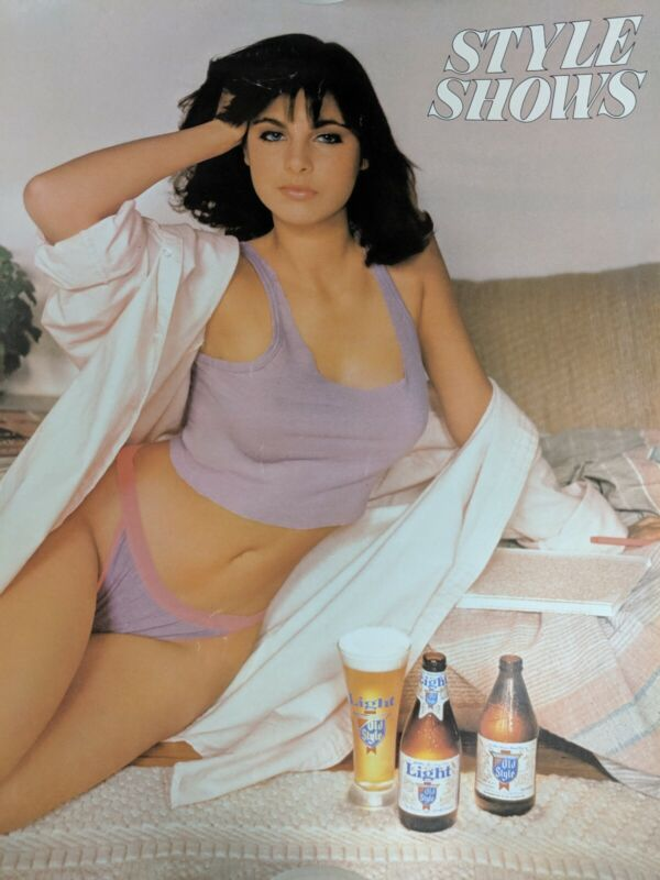 VTG 1985 Light Old Style Beer Paper Pinup Girl Advertising Poster - Style Shows
