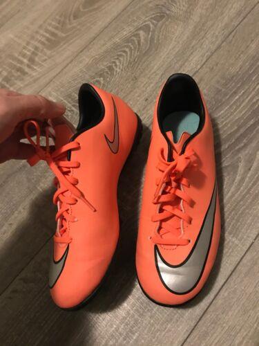 NIKE MERCURIAL Jungen Mädchen Fußball ⚽️ Sport Schuhe Fußballschuhe  Gr.38 wNEU