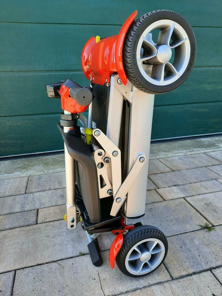Alya Reise-Scooter Reise-Elektromobil NEU! 19,6 kg Travelscoot in Inchenhofen