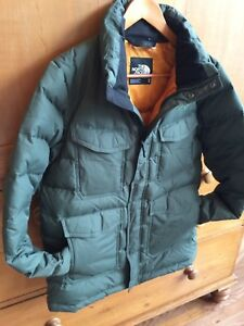 New Condition Men's M North Face Down Coat