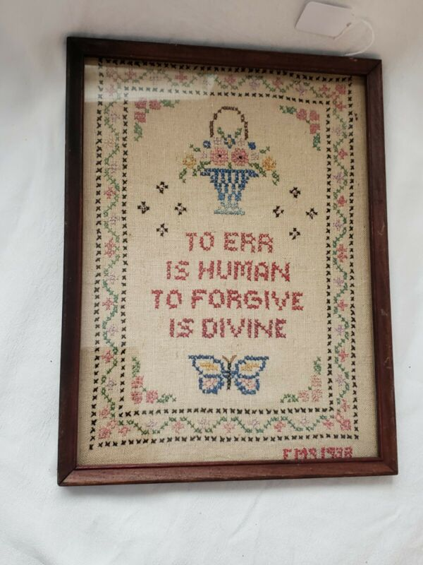VINTAGE CROSS STITCH FRAMED RETRO COLLECTIBLE PRIMITIVE FIND SAMPLER 1938