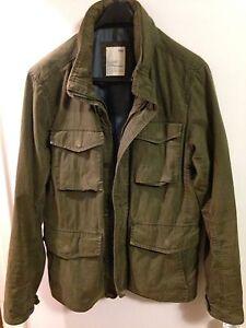 Gap Field Jacket with Folded Hood in Collar (Men's Small-Medium)