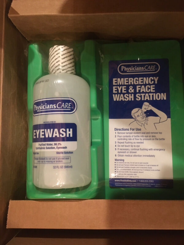 Emergency Eye and Face Wash Station 32 fluid oz Item 24-201 Physician Care