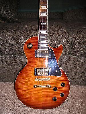 Изображение товара Epiphone Les Paul Standard Plus Top DesertBurst Electric Guitar