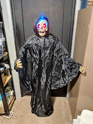 Spirit Halloween Tekky Toys Floating Grim Reaper Animated Prop