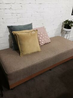 1950  Daybed