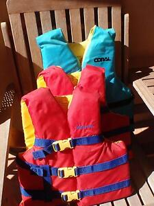 Lifejackets - 2 x Children and 1 x Youth/Adult Port Noarlunga Morphett Vale Area Preview