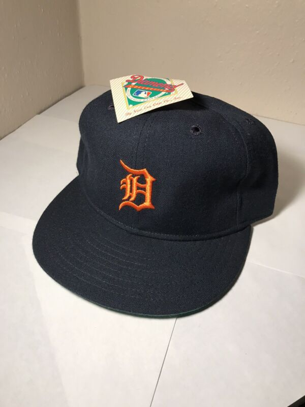 Vintage Detroit Tigers New Era hat. 7 1/8. NWT. 80s MLB. Diamond Collection. cap