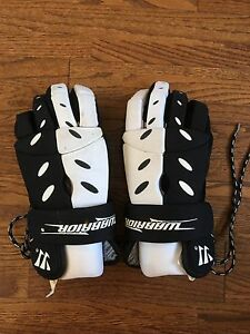 Full set of hockey equipment for youth ages between 10-12