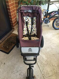 Limited Edition Mountain Buggy Pram