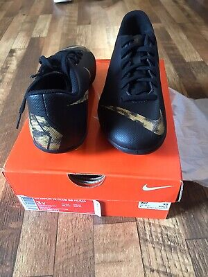 boys nike shoes size 3y