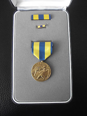 (A19-060) US Orden NAVY Expeditionary Medal  im Etui