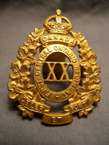 WEST TORONTO REGIMENT WWII CAP BADGE FIRST CENTRAL ONTARIO XX CELER ET FORTIS