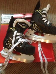 Patins CCM Tacks 2092 YT