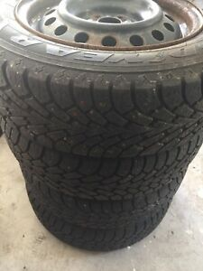 Winter tires with rims 195/65 R15