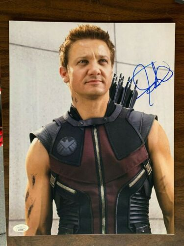Avengers Jeremy Renner Autographed Signed 11x14 Photo JSA COA #3