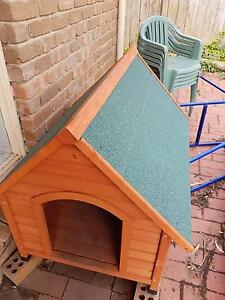 Large Dog KENNEL.  Nearly new  1009x840x850mm Happy Valley Morphett Vale Area Preview