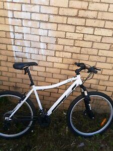 Crest Mountain Bike Bicycles Gumtree Australia Free Local