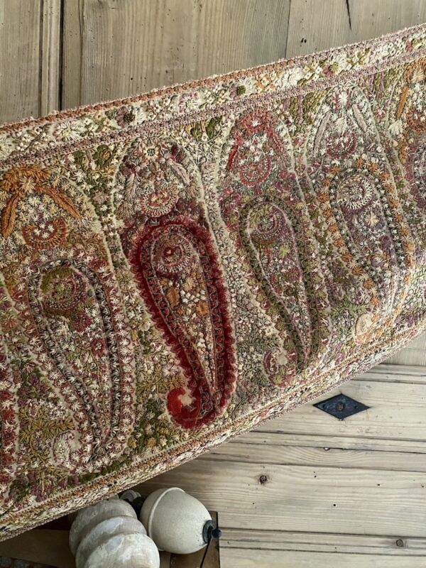 Antique HAND EMBROIDERED wool PAISLEY KASHMIR fabric TABLE RUNNER c1860
