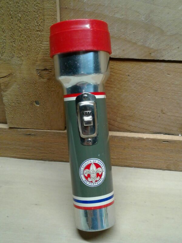 VINTAGE BOY SCOUTS OF AMERICA FLASHLIGHT USA INCOMPLETE/UNTESTED