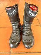 RST RAPTOR LADY motorcycle boots Lawson Blue Mountains Preview