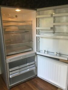 Fisher Paykel 519L fridge