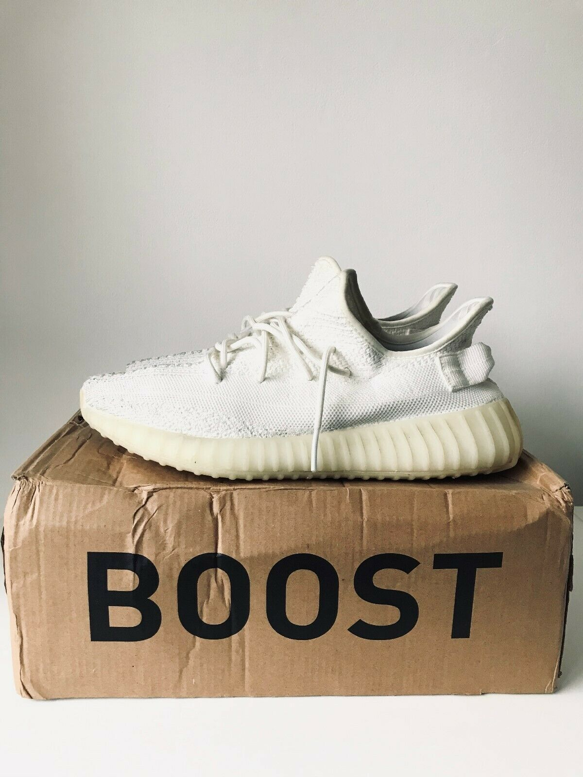 Baskets adidas yeezy boost 350 v2 taille 43 1/3