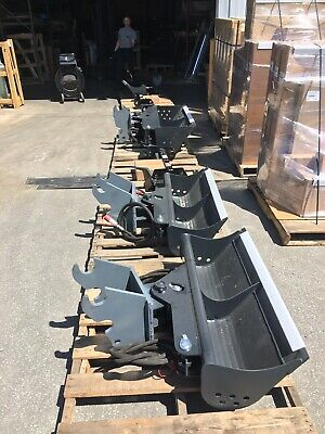 44 Hydraulic Tilt Ditching Grading Bucket For Kubota Mini Excavators.