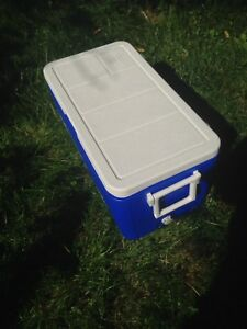 Cooler used only 1 week end super clean 24/13 $20 Oshawa