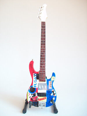 Guitare basse miniature Flea Red Hot Chili Peppers