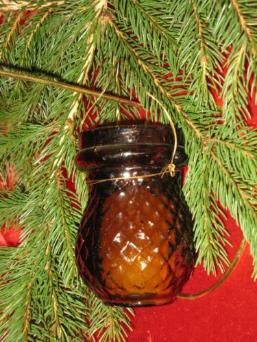 ANTIQUE CHRISTMAS DARK AMBER GLASS CANDLE FAIRY LAMP/LANTERN QUILTED PATTERN
