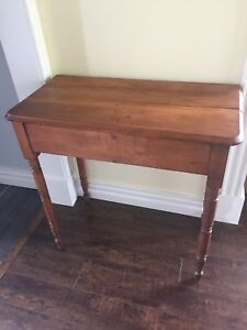 Beautiful antique country side table